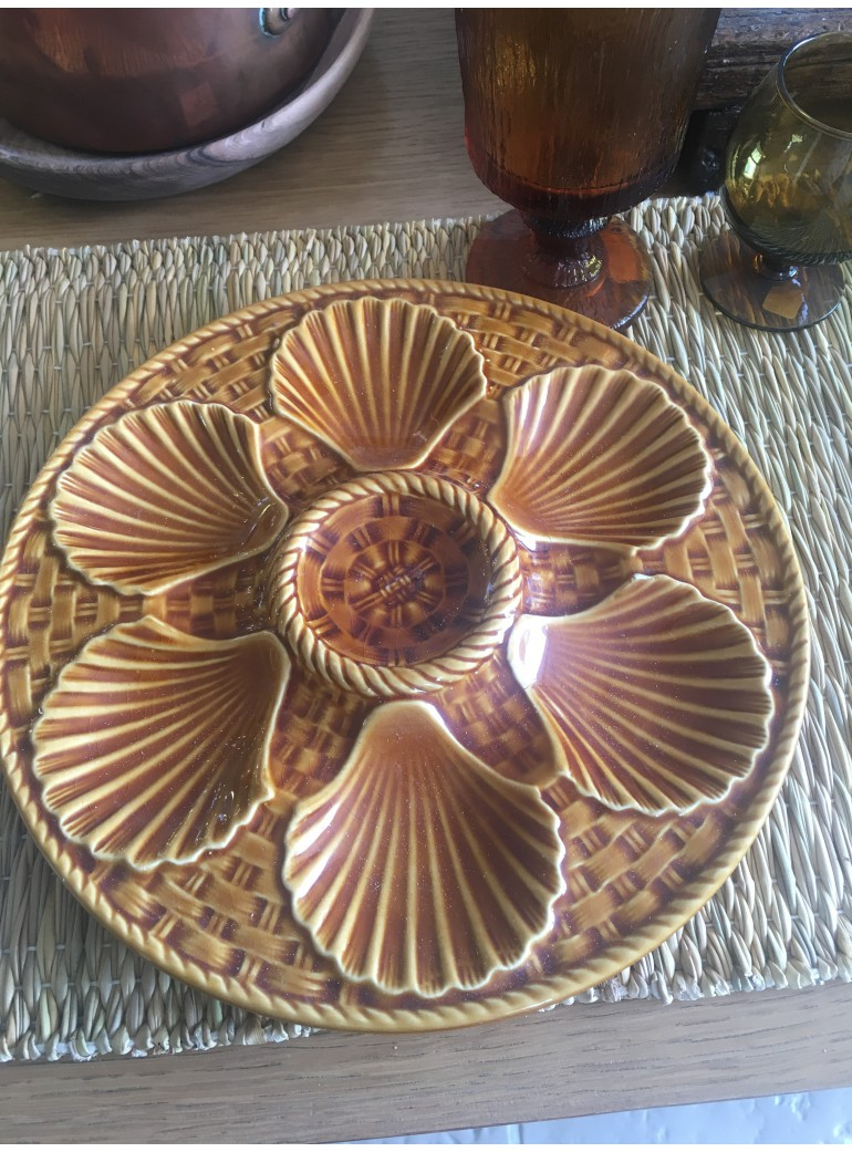 6 ASSIETTES A COQUILLAGES...